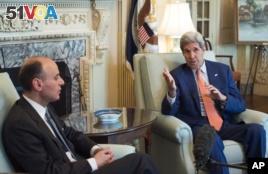 Secretary of State John Kerry met with Saudi Arabia Foreign minister Adel Al-Jubeir in Washington, July 16, 2015. (AP Photo/Molly Riley)