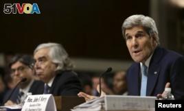 U.S. Secretary of State John Kerry, right, Energy Secretary Ernest Moniz, center, and Treasury Secretary Jack Lew testify before a Senate Foreign Relations Committee hearing,  in Washington, July 23, 2015.