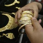 Gold Keeps Shining, 30 Years After Nixon Ended Gold Standard